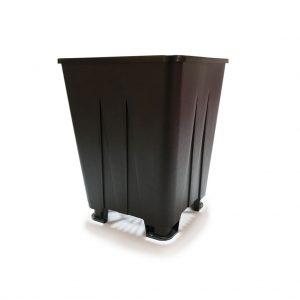 maceta de cultivo con patas color negro